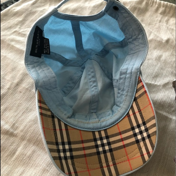 1d5489f656e Burberry Accessories - Authentic Burberry Golf 🏌 Cap